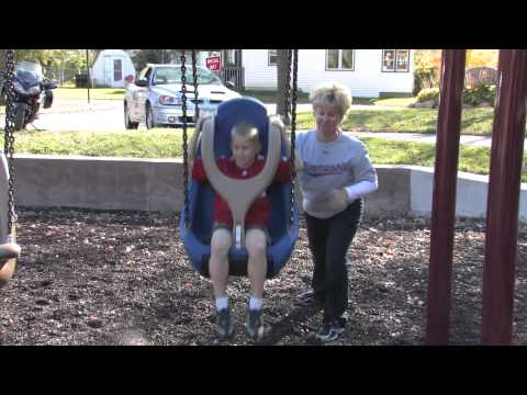 Molded Bucket Seat (5-12 yrs) w/Harness and w/Chains - Freestanding Play - Landscape Structures