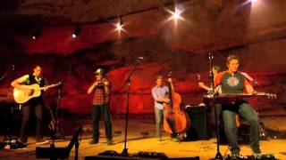 The Infamous Stringdusters, In God's Country