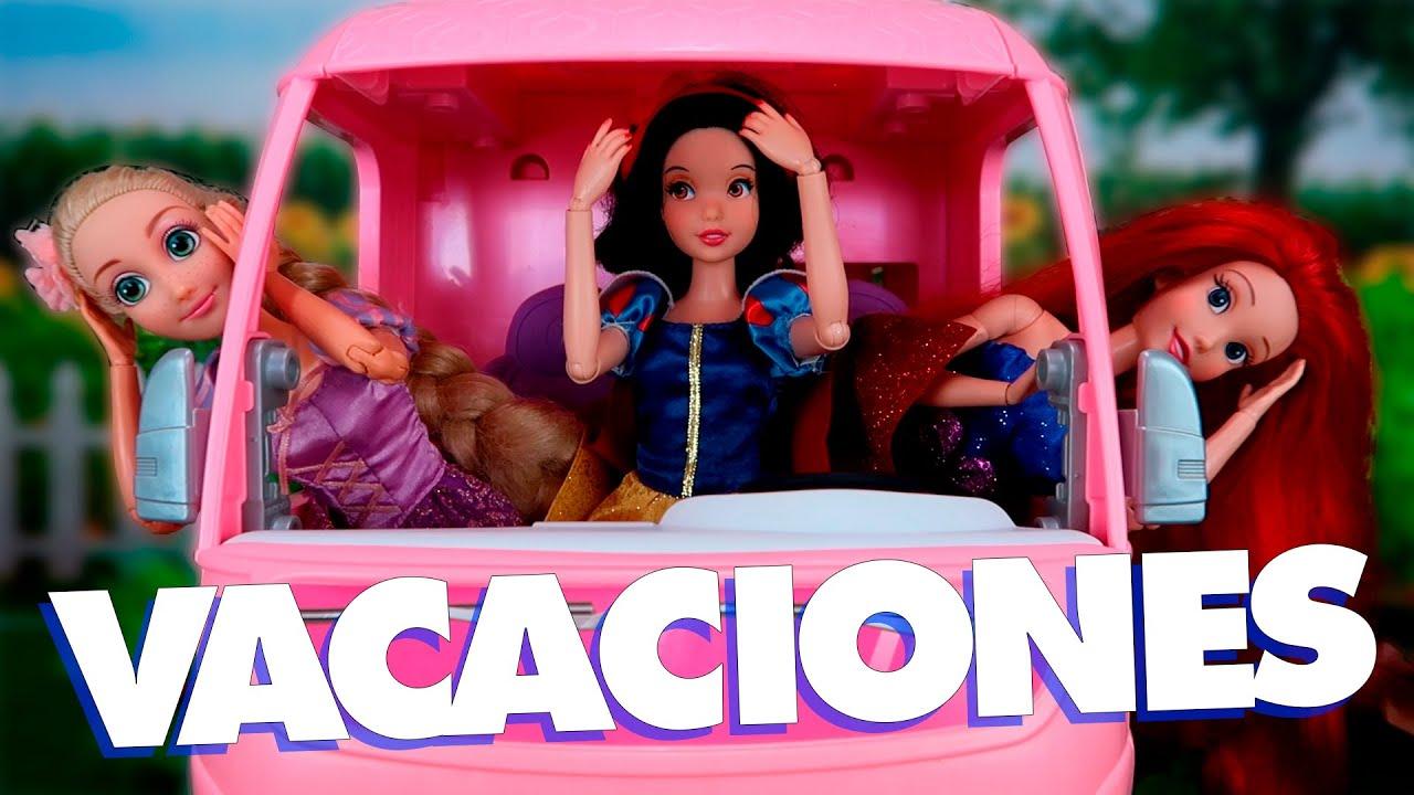 ¡Viaje Familiar en una gran Caravana para Muñecas!