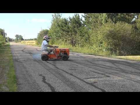 Lawn Mower Racing >> Racing Lawn Mower Burnout.mpg - YouTube