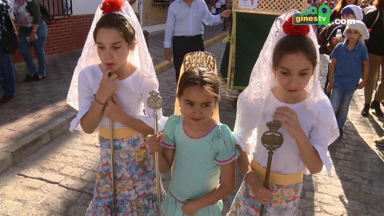 El Concurso Infantil de Cruces de Mayo llenó de colorido el pasado viernes el centro de Gines