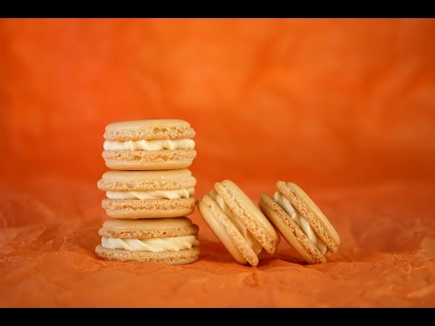Macarons (a very detailed tutorial)