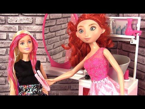 Barbie Salon de