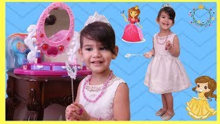 Abby Wants to be a Princess/ Dress Up and Make Up