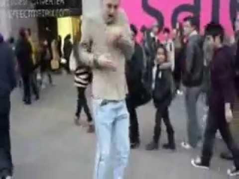 AFUTUFOUR - WHITE MAN DANCING AZONTO