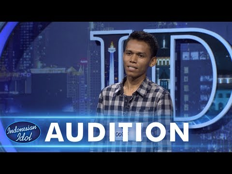 Cover Lagu Trio, alias Gabe menyanyi bersama para juri - AUDITION 2 - Indonesian Idol 2018 STAFABAND