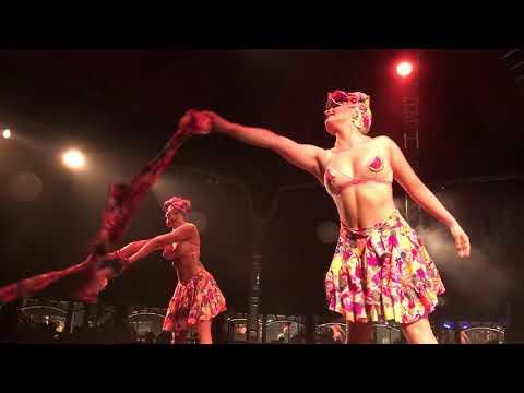 PERTH Burlesque Idol WINNERS Peaches & Cream 🍑
