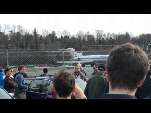 Final landing of the first 727 at Boeing field