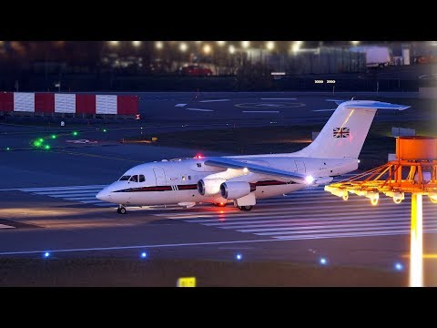 Zurich Airport Night Planespotting with WEF Traffic Januar 2018