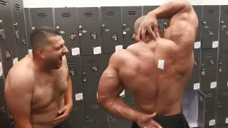Bodybuilder Can't Reach Sticker on His Back - 1052444