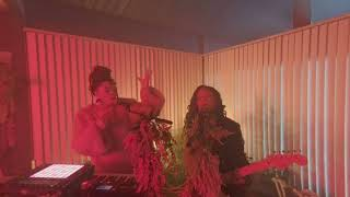 Chloe x Halle - The Kids Are Alright live in VR180