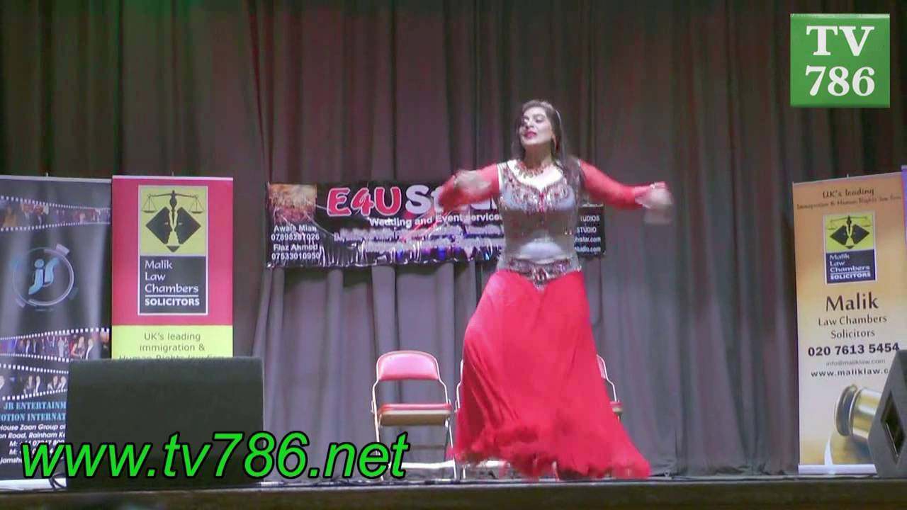 Billo ni tera laal ghagra excellent stage dance youtube.