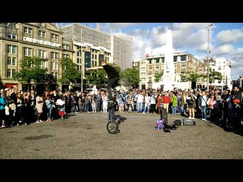 Street Performance in Dam Square-Amsterdam