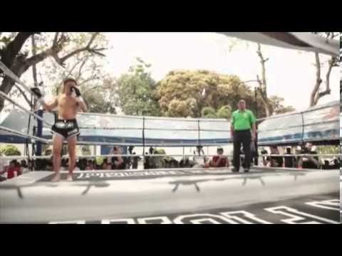 Foreigners kickbox with Thai prisoners to earn bragging rights