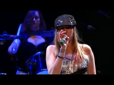 SHOOT TO THRILL - The All Girl AC/DC Tribute Perform