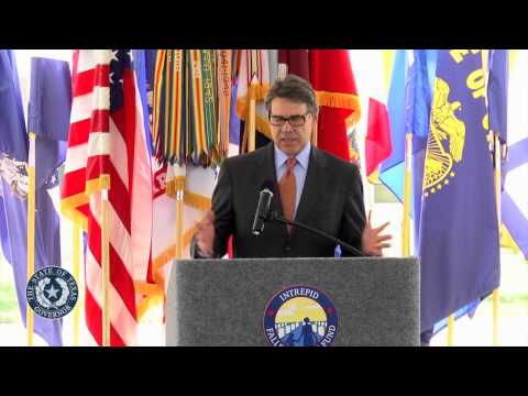 Gov. Perry Helps Break Ground on Mental Health Facility at Ft. Hood