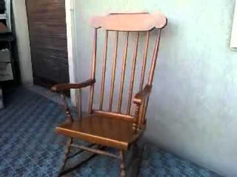 Fantasma Sedia A Dondolo.Il Fantasma Della Sedia A Dondolo Rocking Chair S Ghost Youtube