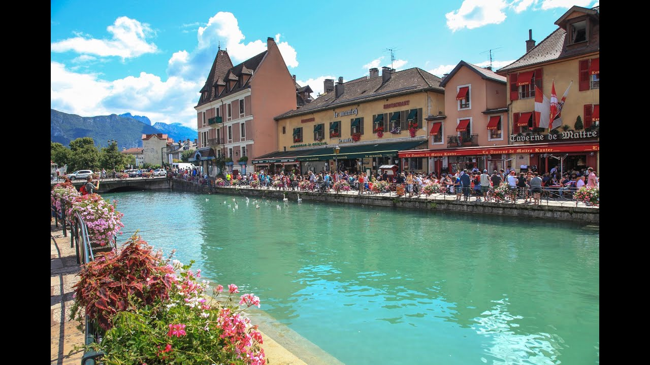 Annecy auvergne rhne alpes france venice of the alps youtube thecheapjerseys Choice Image