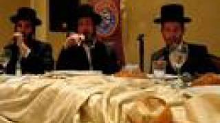 Shloime Gertner with the Shira Choir Part 2of5