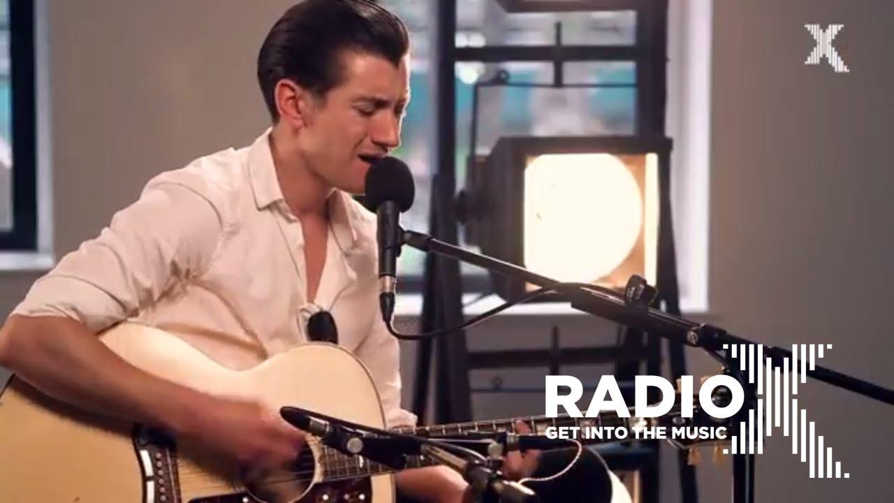 arctic-monkeys-do-i-wanna-know-radio-x-session-radio-x