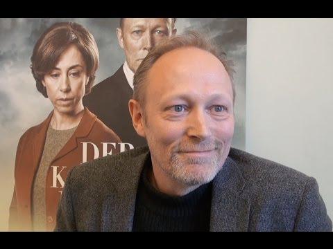 med Lars Mikkelsen og Sofie Gråbøl