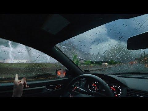 Вопрос: Как безопасно пережить ураган?