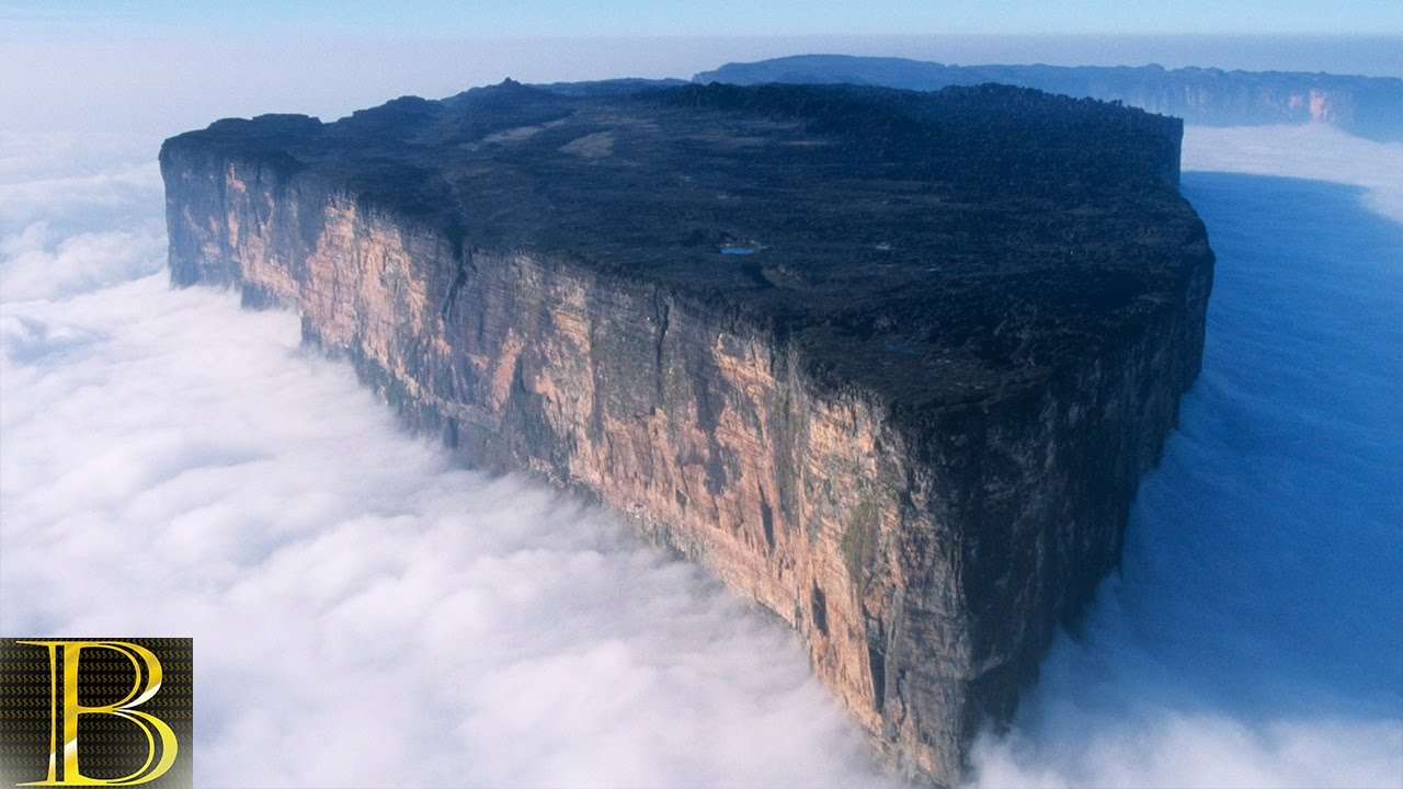 The oldest geological features of the Earth