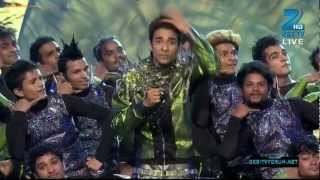 Crockrocxz with his Crew-D-maniax l Dance-India-Dance-Season-3-Grand-Finale