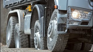 Mercedes Arocs Offroad Driving Demonstration