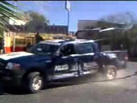 Federales se voltean en la Lopez Mateos
