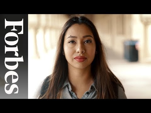 Sarahi Espinoza Is Helping Undocumented Students Find Scholarships - 30 Under 30  | Forbes