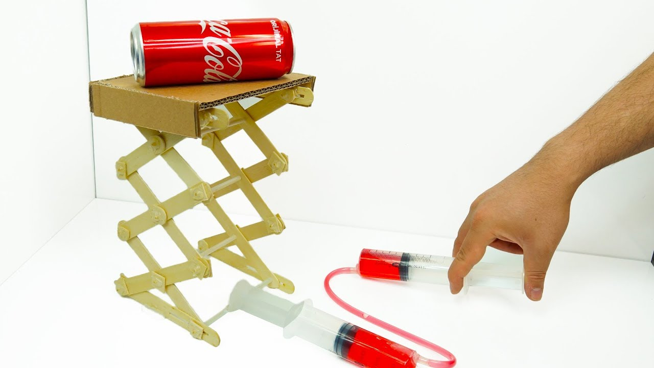 How to Make Hydraulic Powered Robotic Lift Crane From Cardboard and Stick