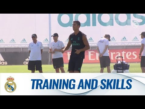 CRISTIANO RONALDO'S first Real Madrid training session of the new season!