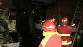 Incendio destruyó taller mecánico de Villa El Salvador
