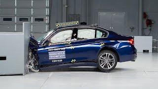 2017 BMW 3 series small overlap IIHS crash test