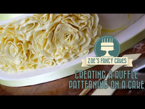 creating-a-ruffle-patterning-on-a-cake-how-to-cake-tutorial