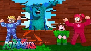 CAT BOY, CORUJITA AND LAGARTIXO BUILD TO SURVIVE THE WORST MONSTERS OF ROBLOX-PJ MASKS
