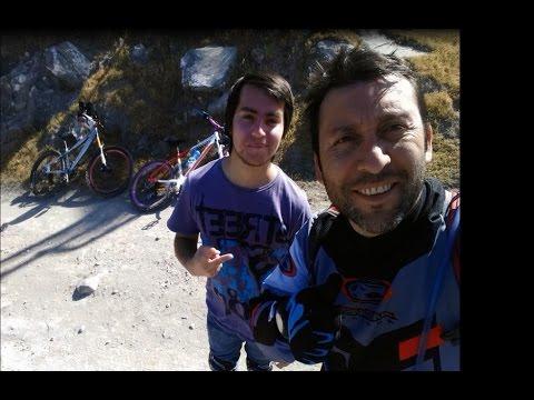 Descenso en rígida en cerro La Ballena
