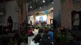 Efek Rumah Kaca - Tiba-tiba Batu (Live at JCC Senayan)