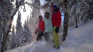 """Катя и Валентинка.  Новый год.  """"Фристайл"""" Видео сноуборд. Девушки на сноуборде."""