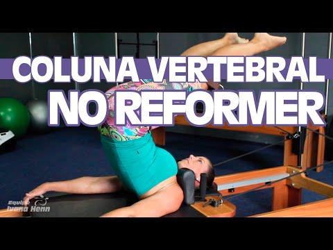 Alongar a Coluna Vertebral no Reformer   Curso de Pilates - Dica da Semana   Equipe Ivana Henn