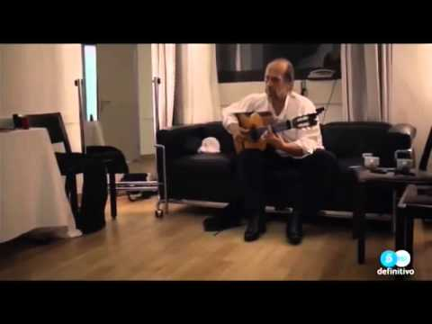 PACO DE LUCIA  getting ready for a concert. (in spanish)
