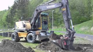 JCB VS VOLVO VS CAT