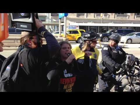 RevCom Arrested at anti-Trump March Chicago 11-12-16