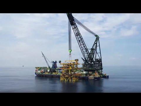 Pan Malaysia Projects: Bakong Wellhead Platform Installation