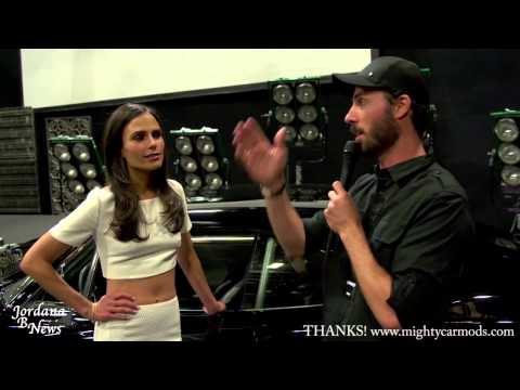 Jordana Brewster - What car will Mia Toretto drive on Furious7?