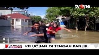 Ada-ada Saja, Warga Buat Video TikTok di Tengah Banjir