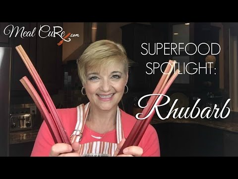 What Are the Health Benefits of Rhubarb? Is it a Superfood?