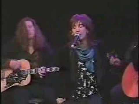 """Black Crowes """"Jealous Again"""" (Acoustic) Live on TV 1990"""