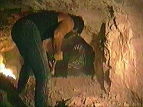 retrovision: Coober Pedy - opal mining, Australia